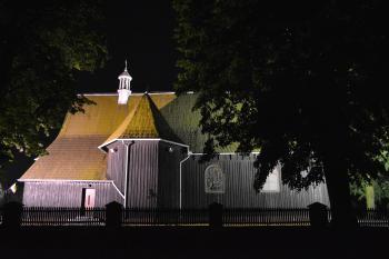 Kościół w Jaworznie nocą